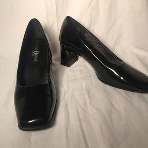 High Lights Black Box Heels